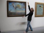 kobieta w galerii
